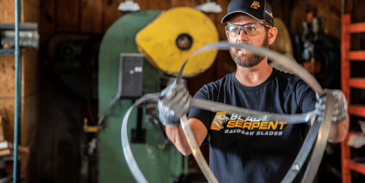 How to Fold a Bandsaw Blade (the Right Way)